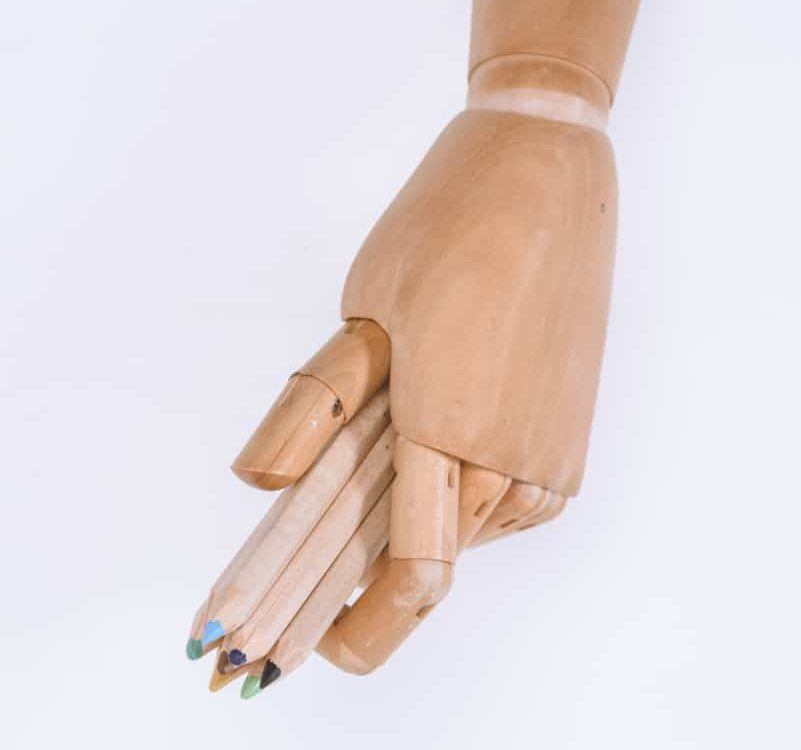 wood hand with pencils best poseable artist mannequin verycreate.com