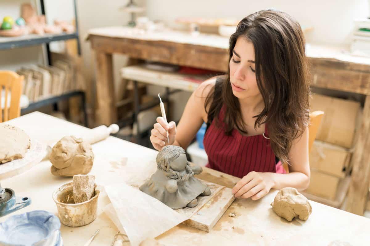 female sculptor best clay for sculpting verycreate.com