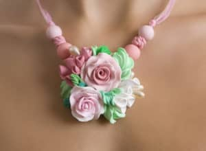 flower necklace best air dry clay verycreate.com