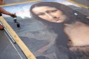 mona lisa street art soft pastel vs chalk pastel verycreate.com