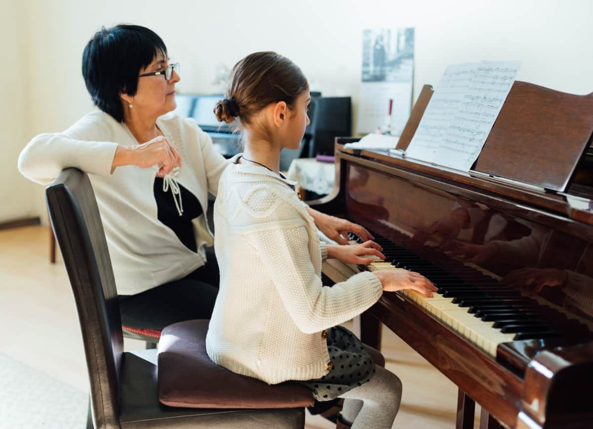 teacher and student how much are piano lessons verycreate.com