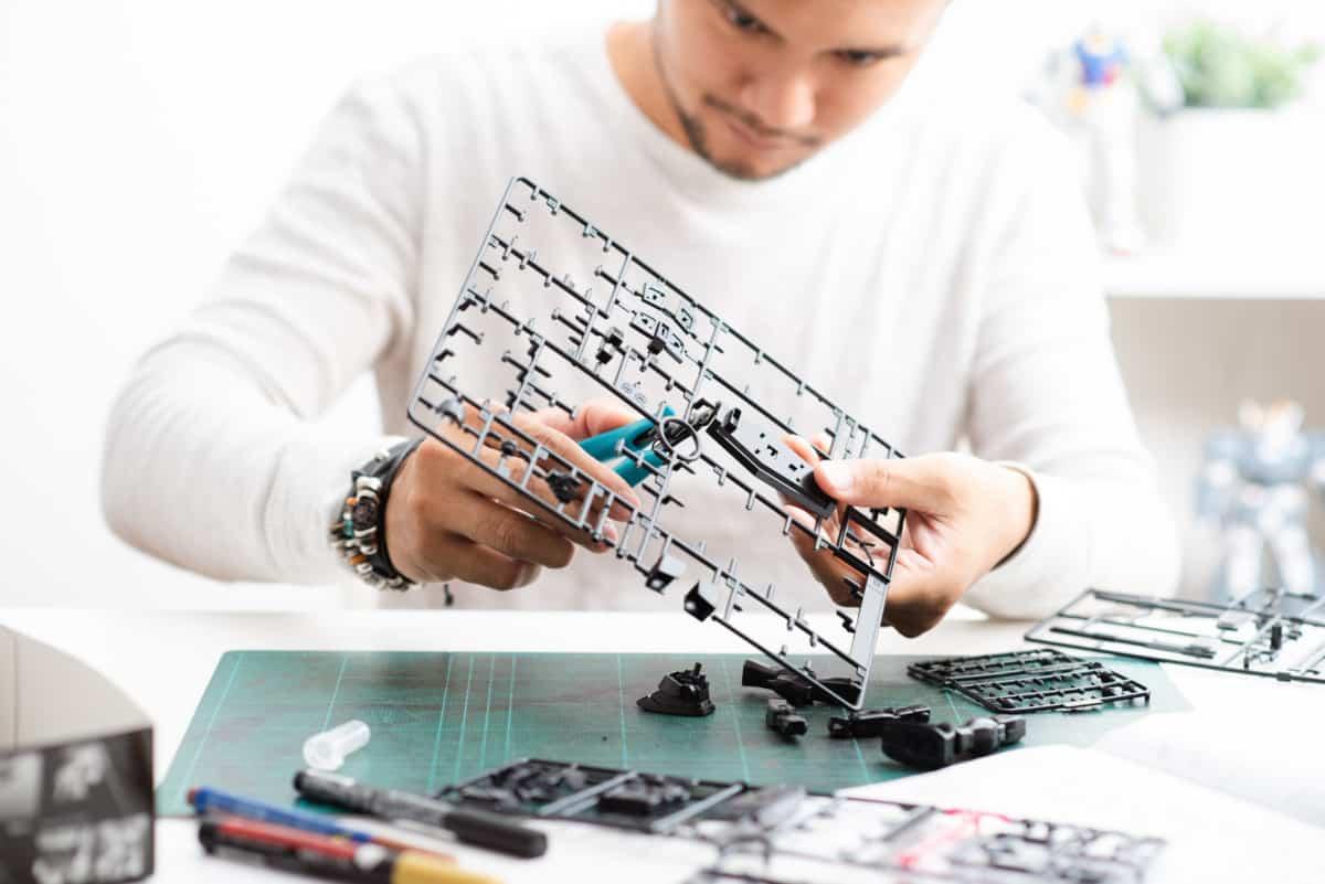 man clipping best sprue cutter verycreate.com