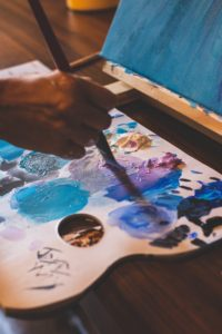 blue color mixing oil painting palette verycreate.com