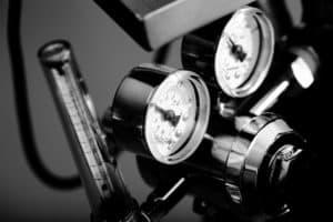 black white gauge airbrush pressure verycreate.com